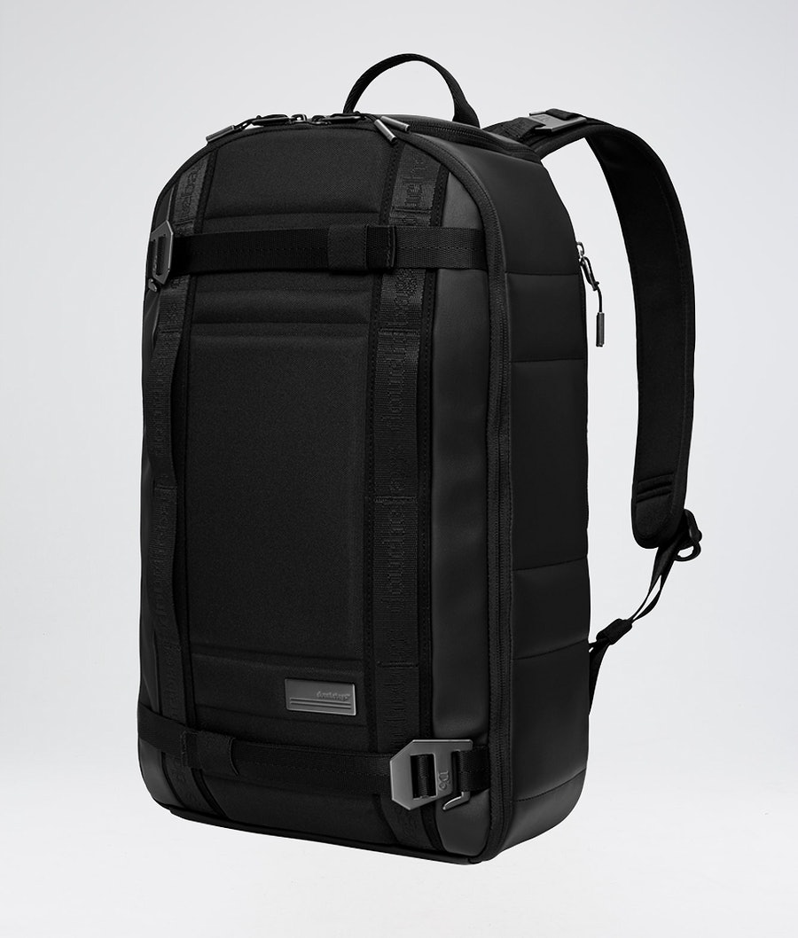 Douchebags The Backpack Laukku Black Leather