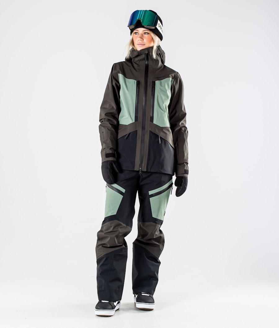 Peak Performance Gravity Women's Snowboard Jacket Coniferous Green