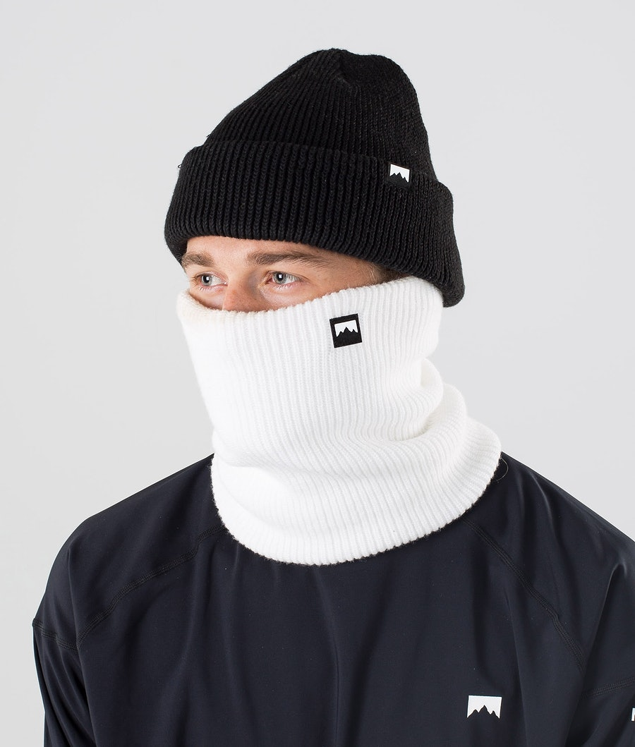 Classic Knitted Facemask Men White