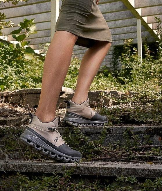 On Shoes Cloud Hi Women's Shoes Sand/Eclipse
