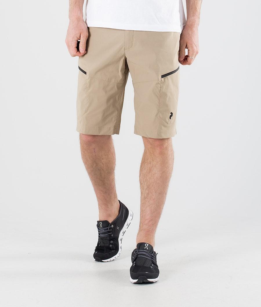 Peak Performance Iconiq Cargo Shorts True Beige