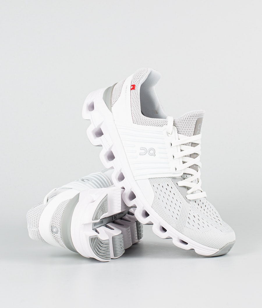On Shoes W Cloudswift Schoenen Glacier/White