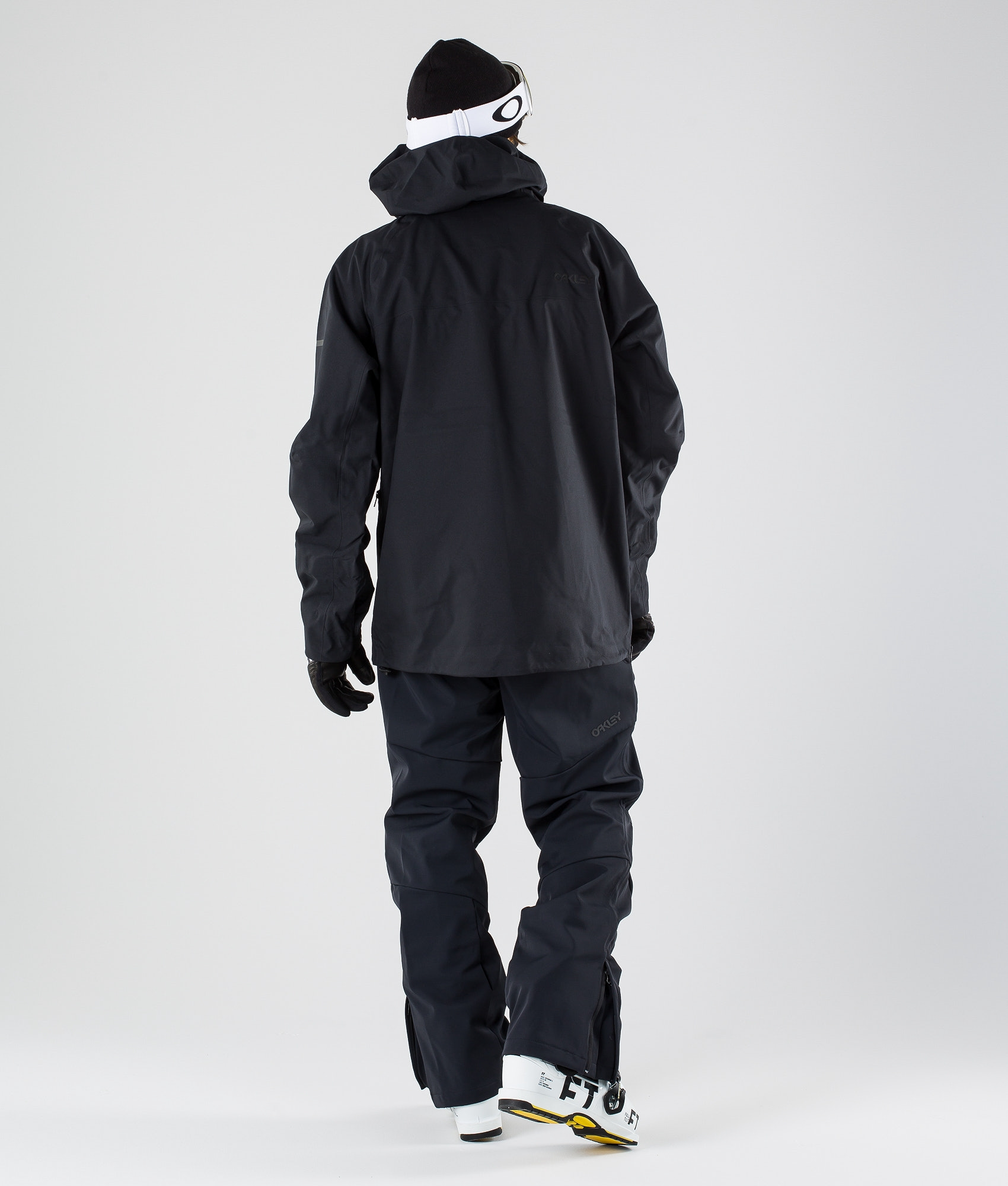 8a5b7a45ab5 Oakley Snow Shell 10K  2L Anorak Ski Jacket Blackout - Ridestore.com