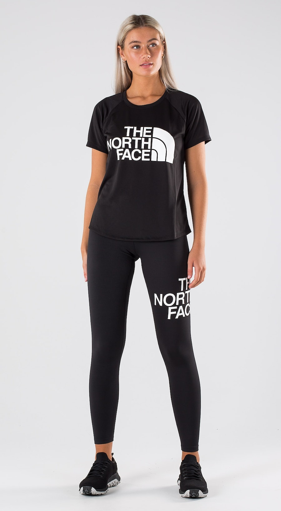 The North Face Grap Play Hard T-shirt Outfit Multi