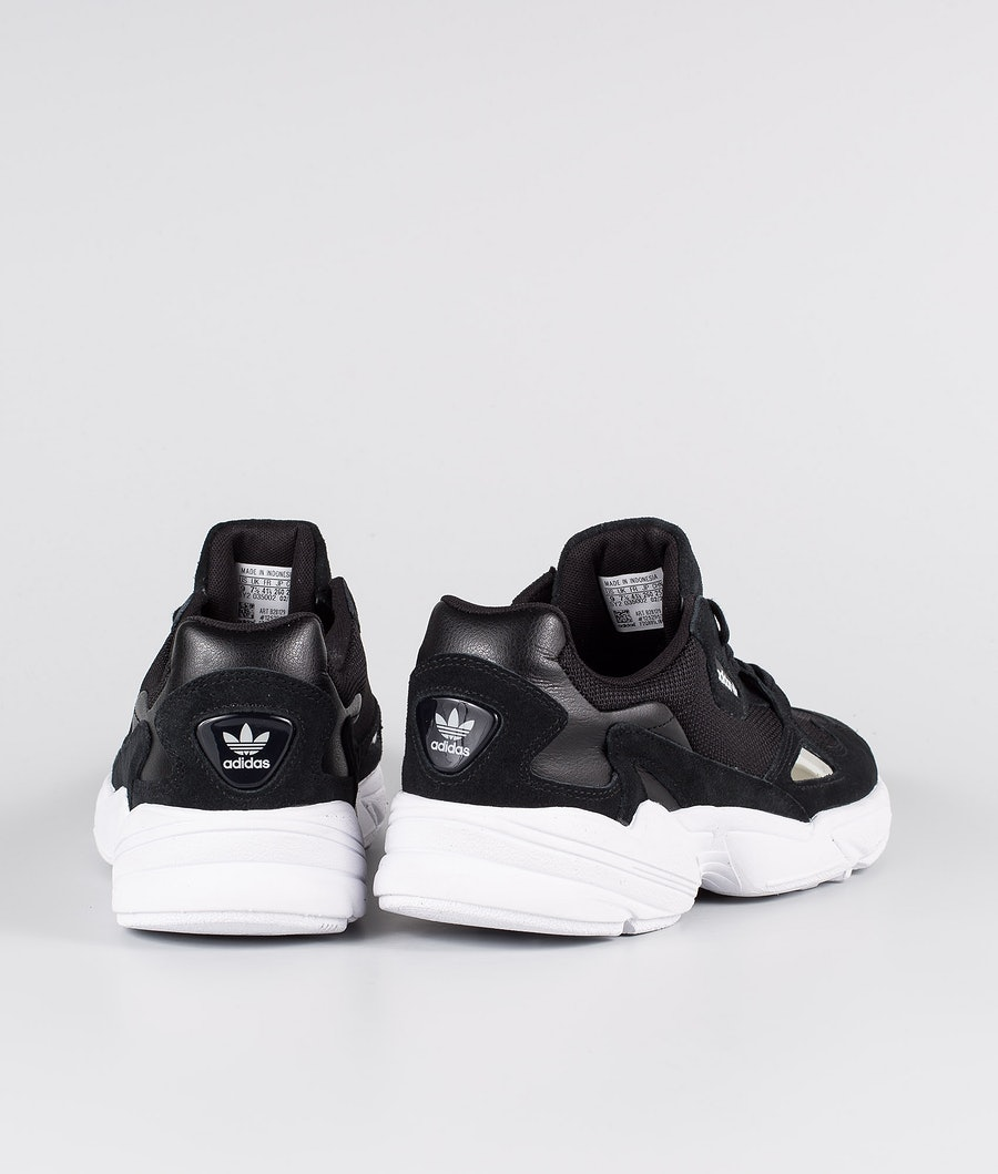 Adidas Originals Falcon Skor Dam Core Black/Core Black/Footwear White