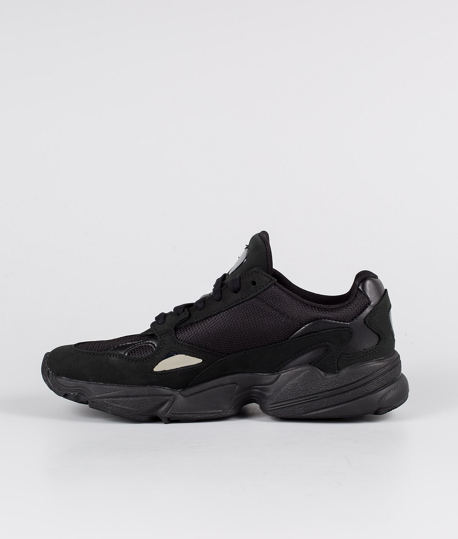 Adidas Originals Falcon Skor Dam Core Black/Core Black/Grey Five