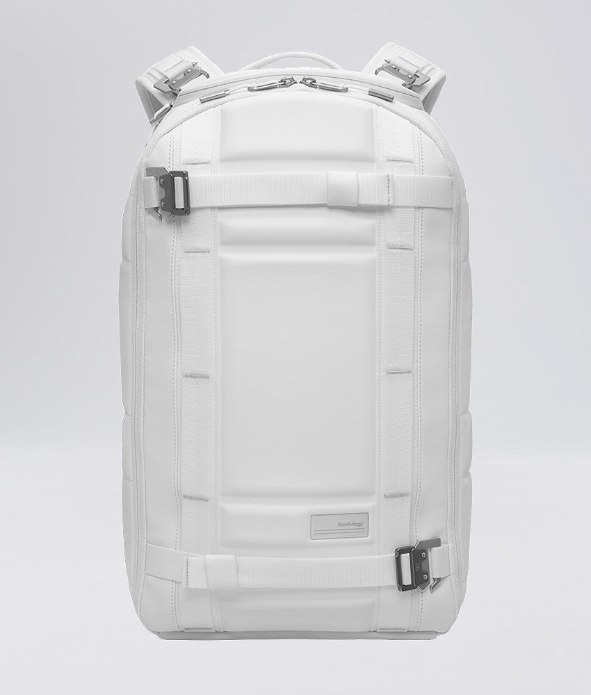 Douchebags The Backpack Snow Bag White