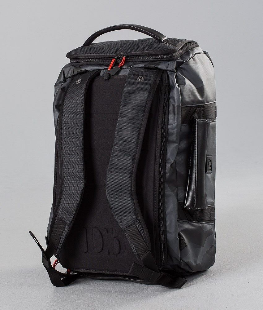 Douchebags The Carryall 40L Väska Snow Black Camo