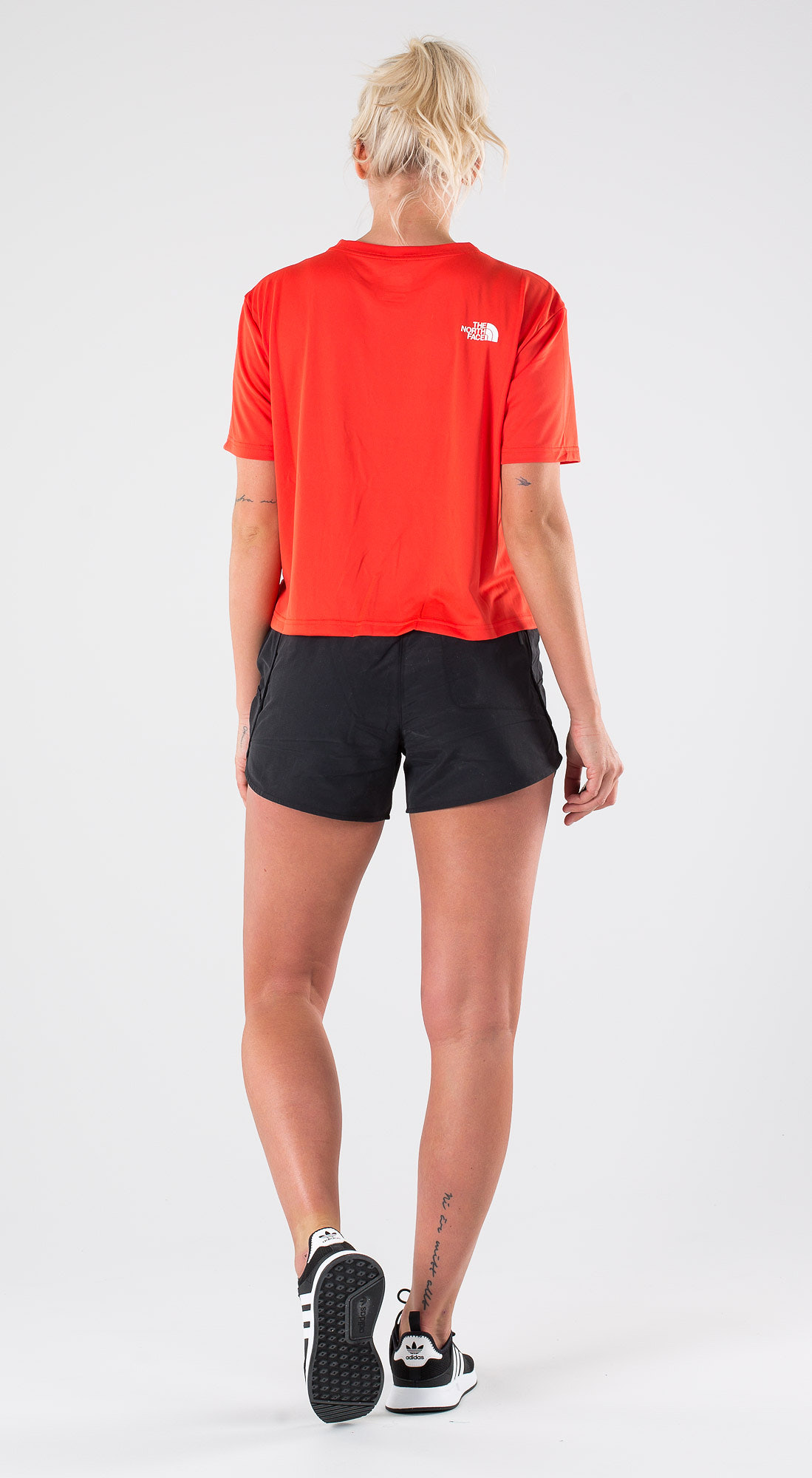 1c7358fd1 The North Face Train N Logo Crop Juicy Red Outfit - Ridestore