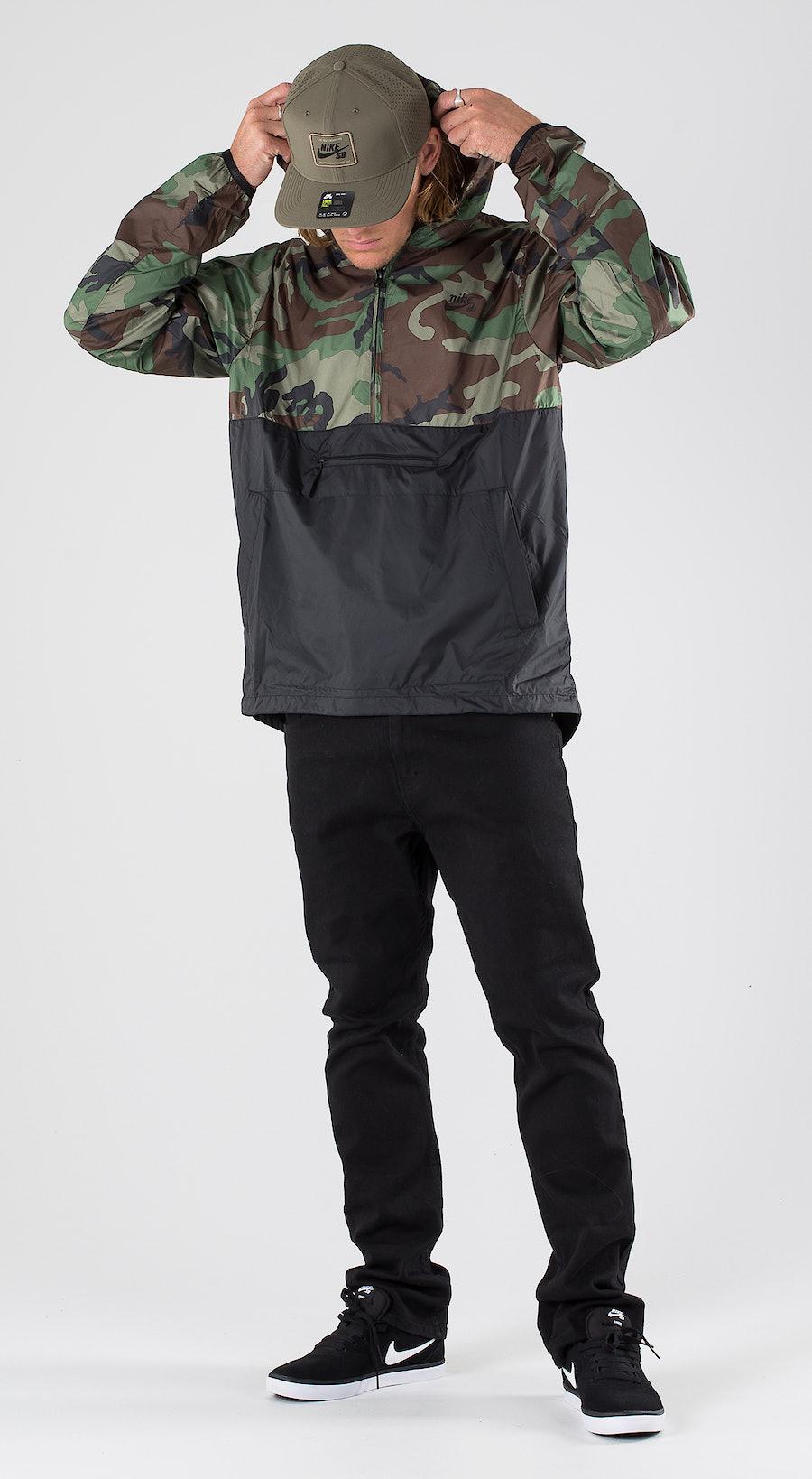 Nike SB Anorak Camo Medium Olive/Black/Black Outfit Multi
