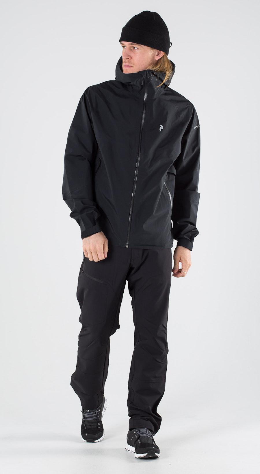 Peak Performance Liit Black Outfit Multi