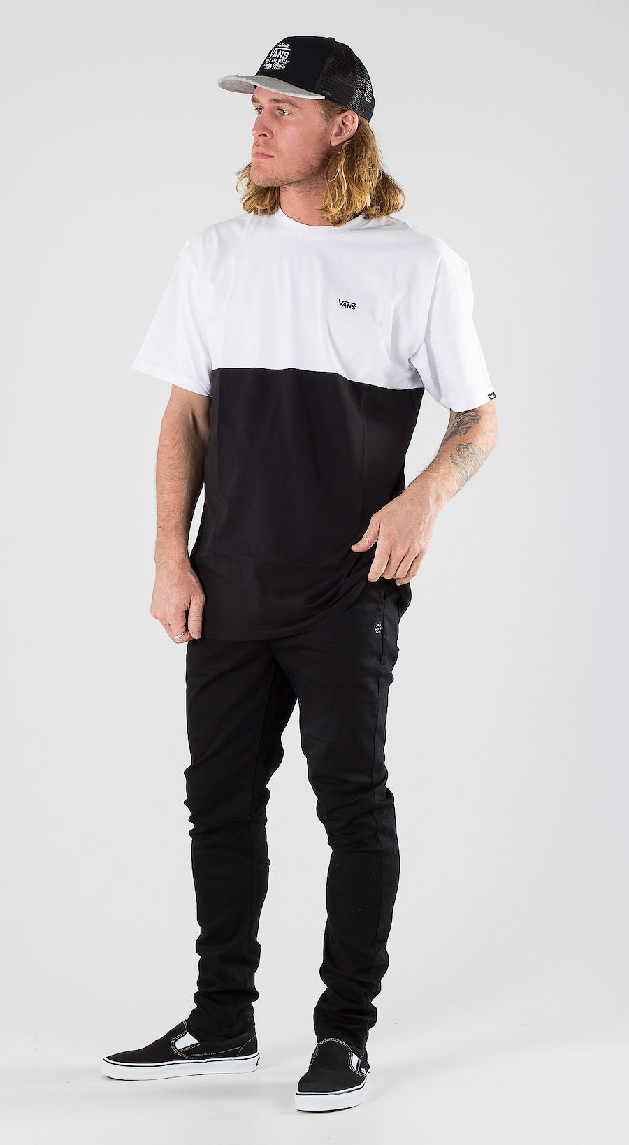 Vans Colorblock Tee Black White Outfit Multi