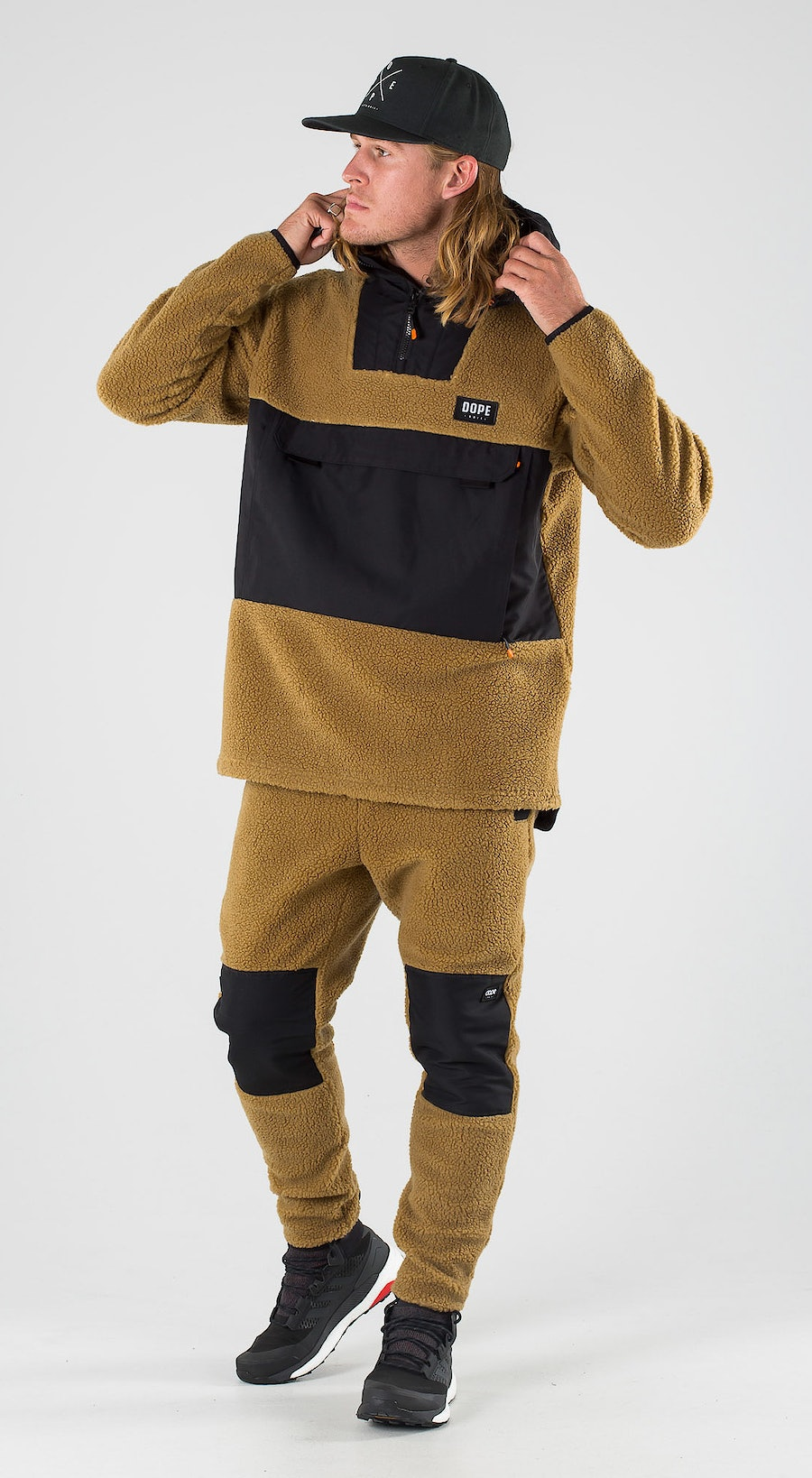 Dope Oi Black/Gold Outfit Multi