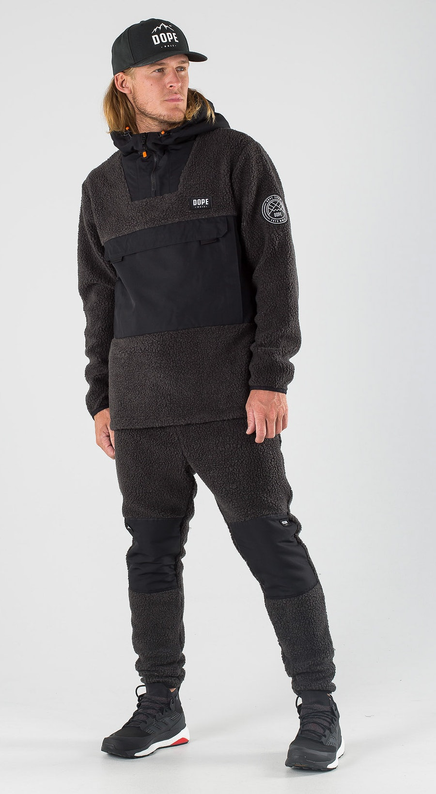 Dope Oi Black/Phantom Outfit Multi