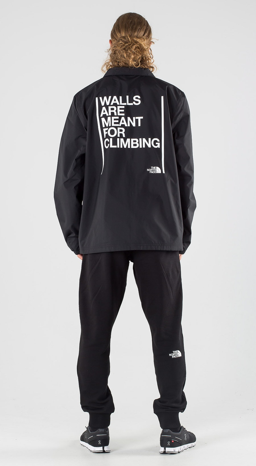 The North Face Walls Are Meant For Climbing Coaches Tnf Black Outfit Multi