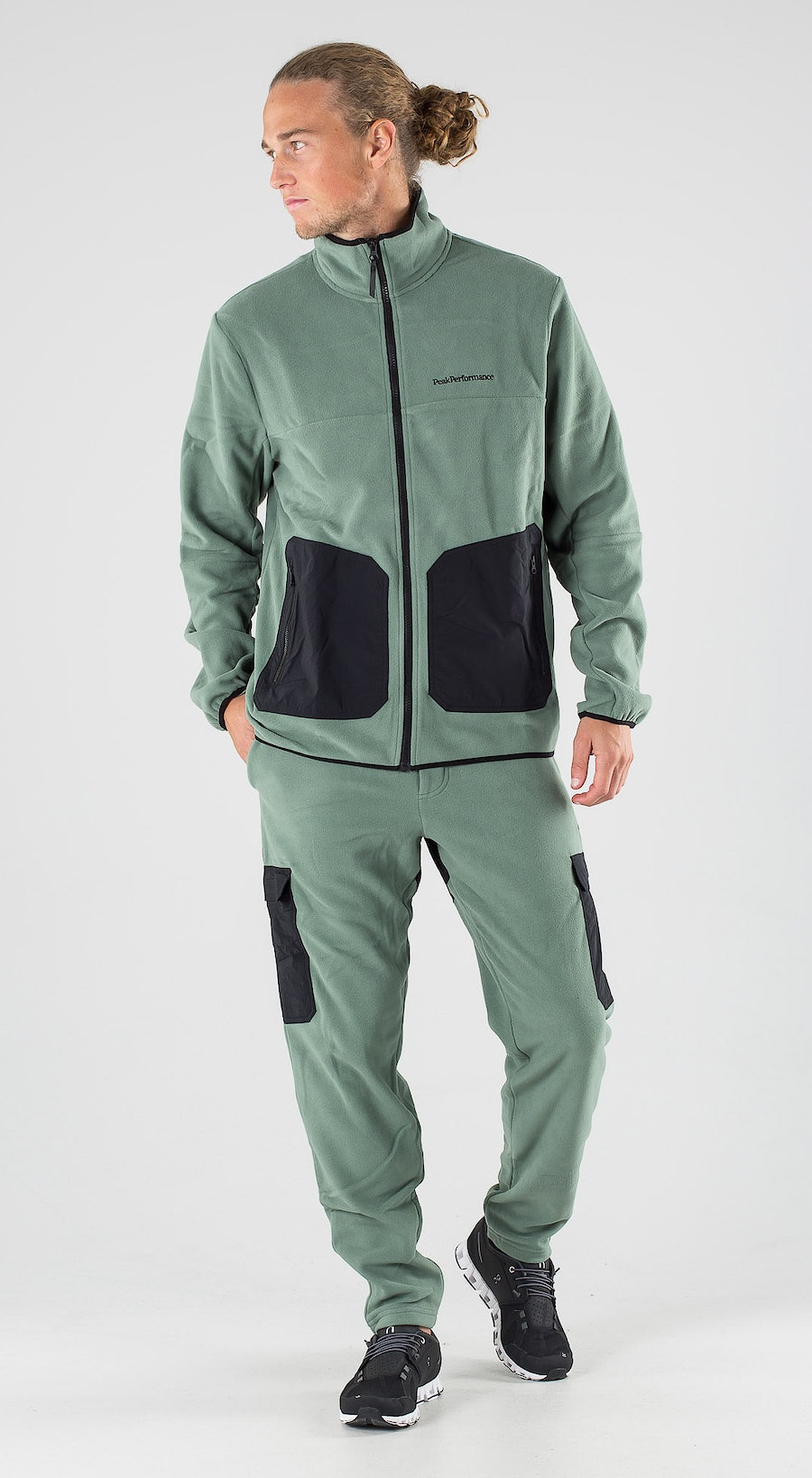 Peak Performance Tech Soft Fells View Outfit Multi