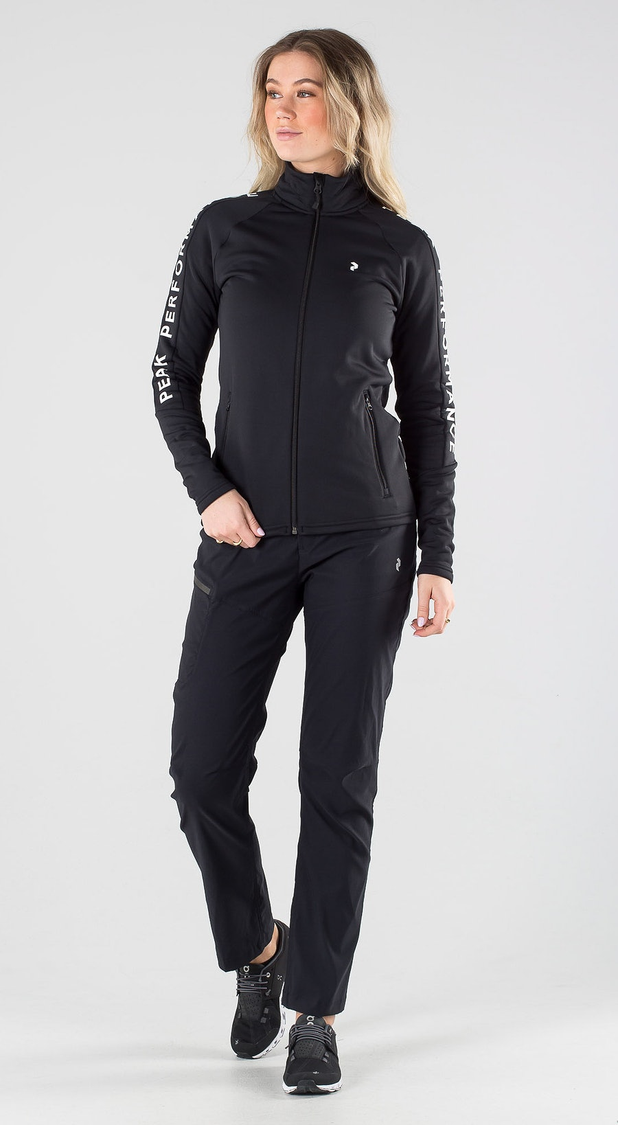 Peak Performance Rider Zip Black Outfit Multi