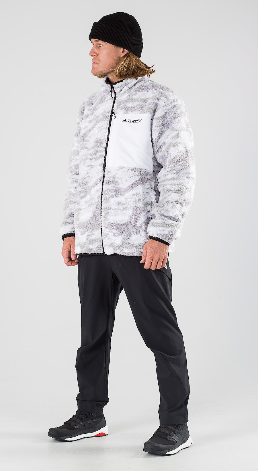 Adidas Terrex XPLR Sherpa Grey Three Outfit Multi