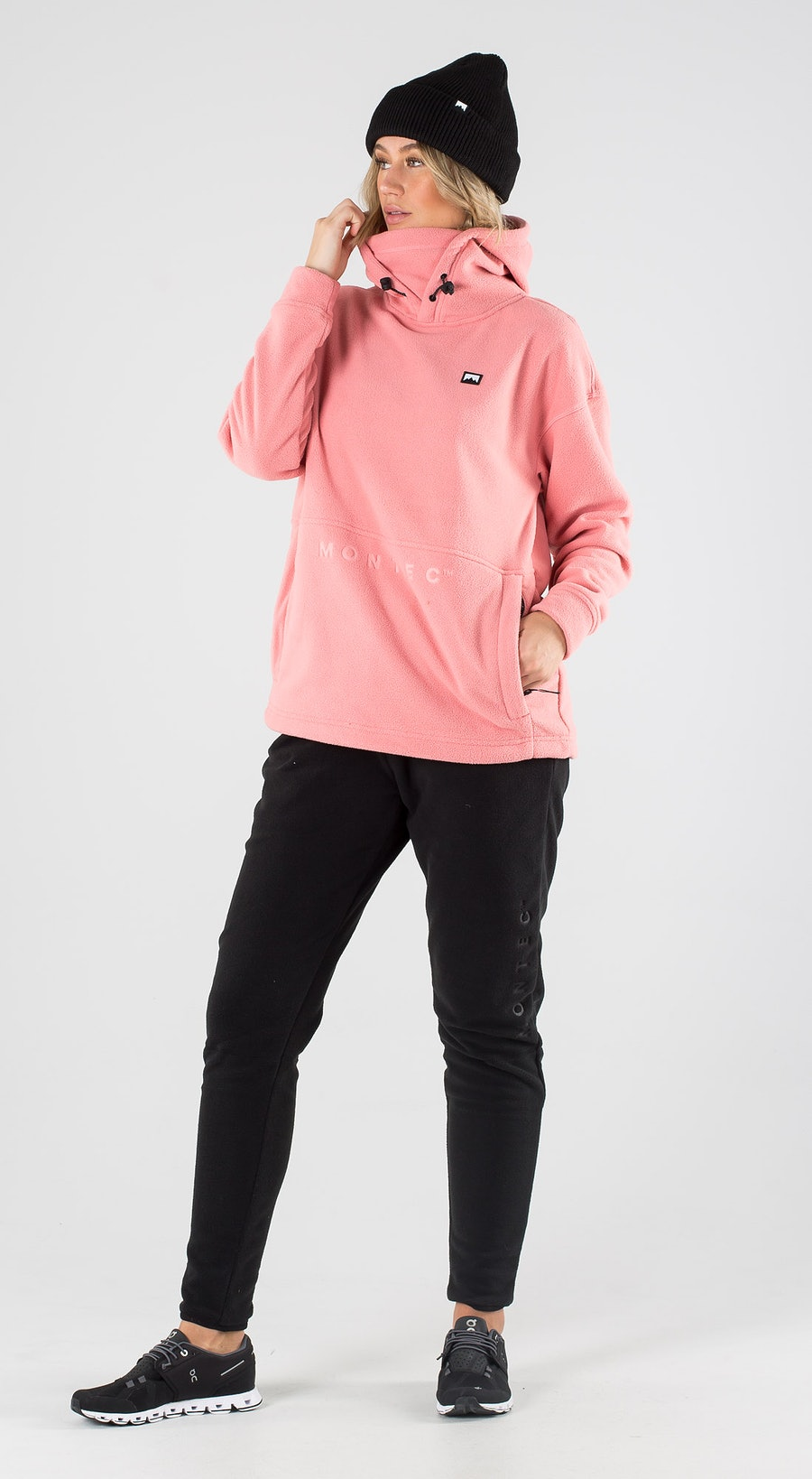 Montec Delta W Pink Outfit Multi