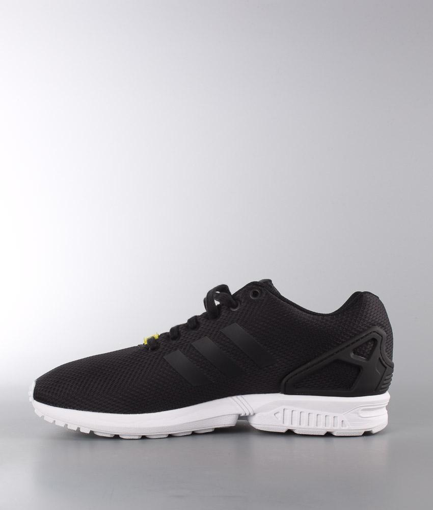 Blackblackwhite Flux Originals Zx Adidas Ridestore nl Schoenen JclFTK1