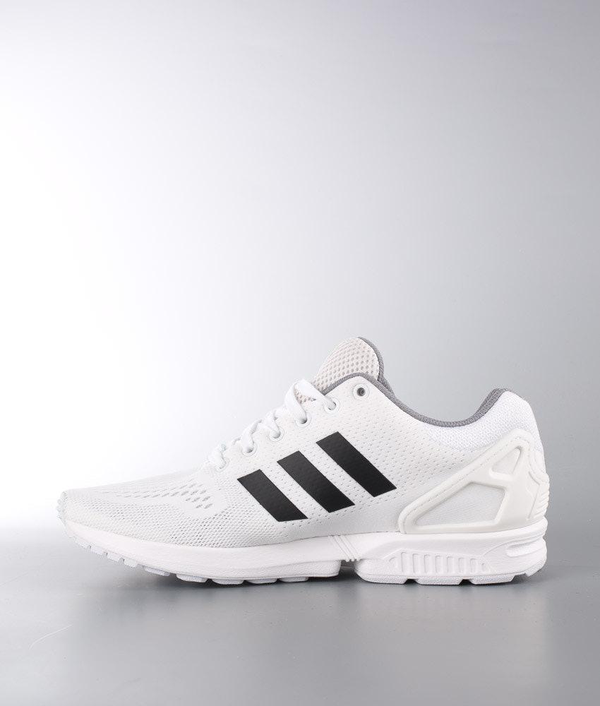 buy popular d20ed 09b28 Adidas Originals ZX Flux Shoes