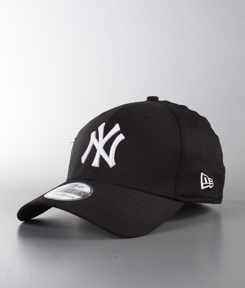 4da627e4458 New Era 39Thirty League Basic Cap New York Yankees-Black White ...