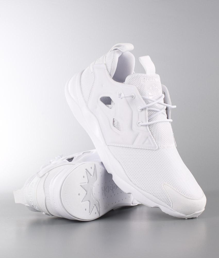 Shoppa Damskor För Ett Aktivt Liv   Reebok, Ecco, Adidas