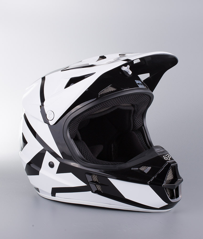 99a0185618967 Fox V1 MX Helmet Black - Ridestore.com