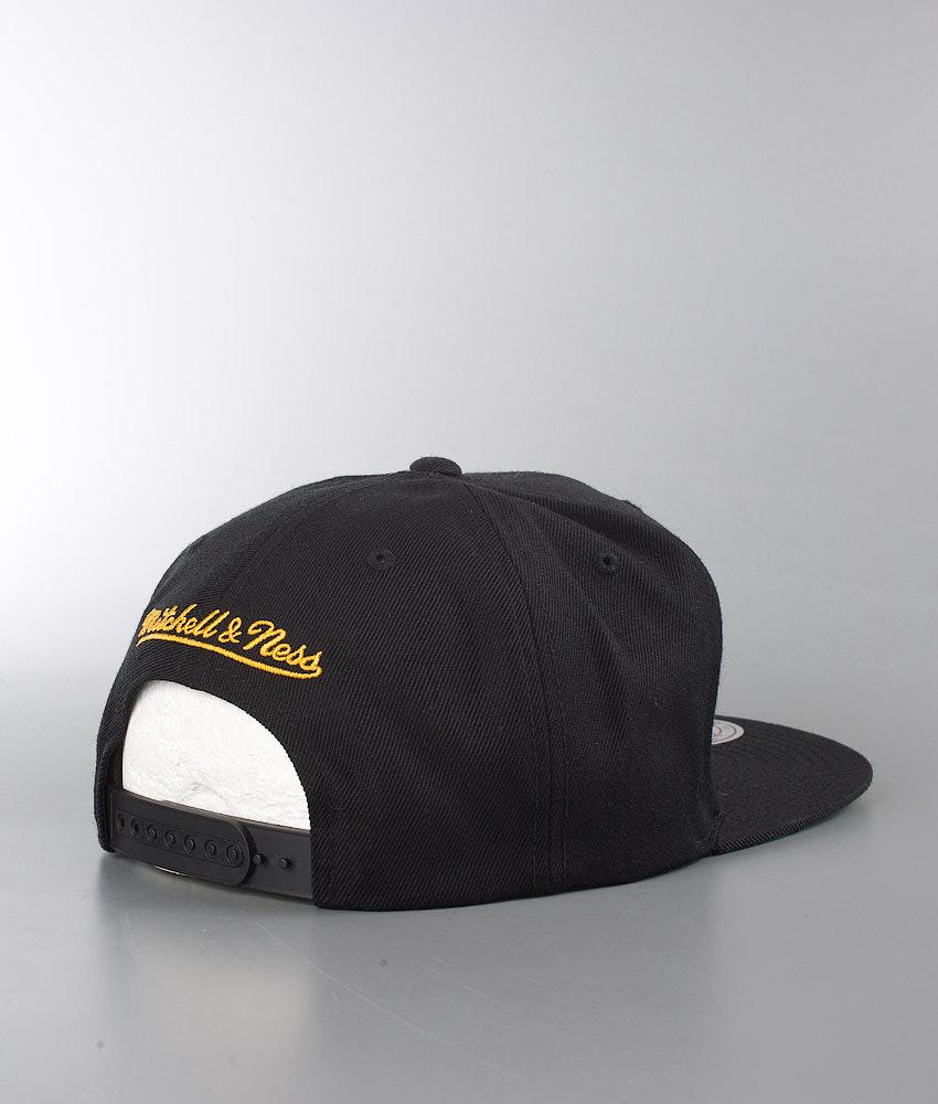 Mitchell and Ness Wool Solid Cap Black - Boston Bruins - Ridestore.com 1b6c2ee6c94