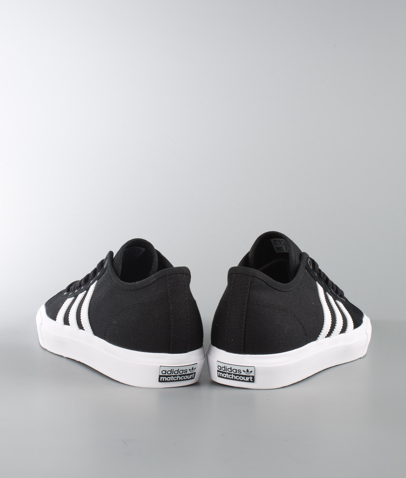 Adidas Matchcourt Shoes rea