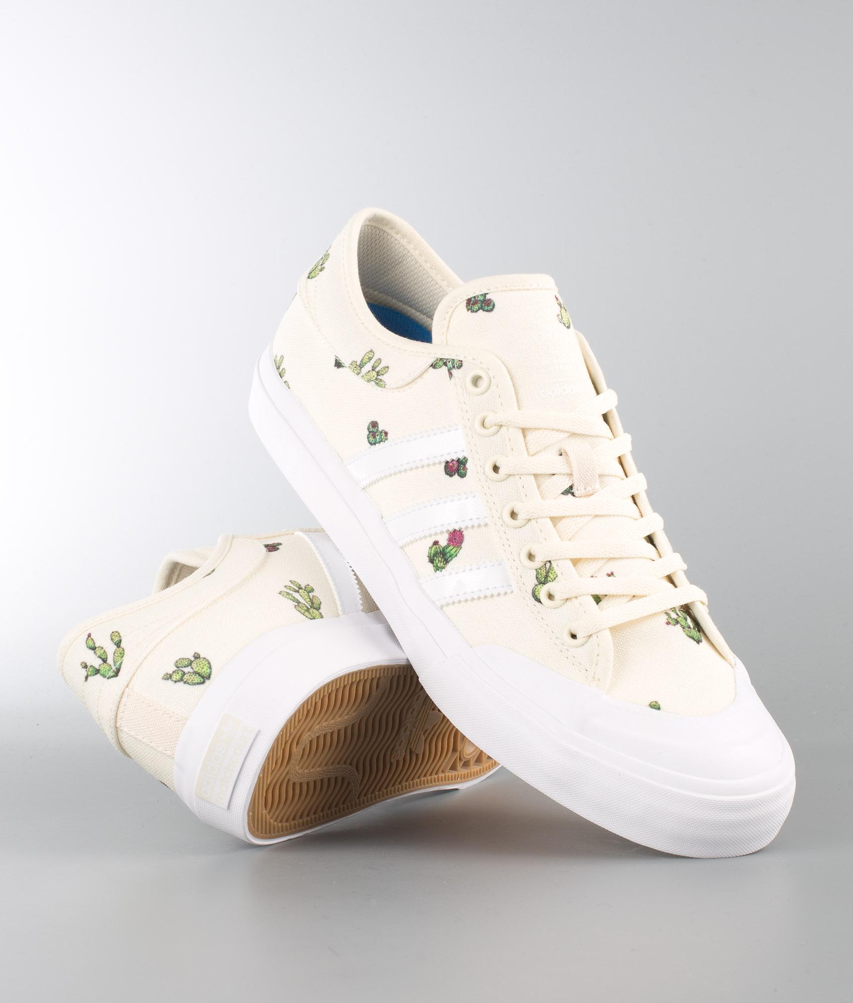 Adidas Skateboarding Matchcourt Sko CwhiteFtwwhtGum4