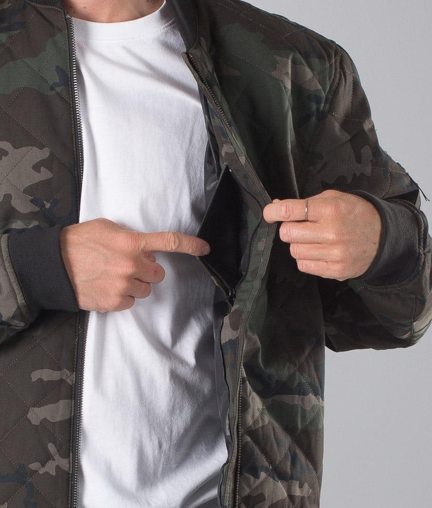 Kjøp Bomber Jakke fra Dope på Ridestore.no - Hos oss har du alltid fri frakt, fri retur og 30 dagers åpent kjøp!