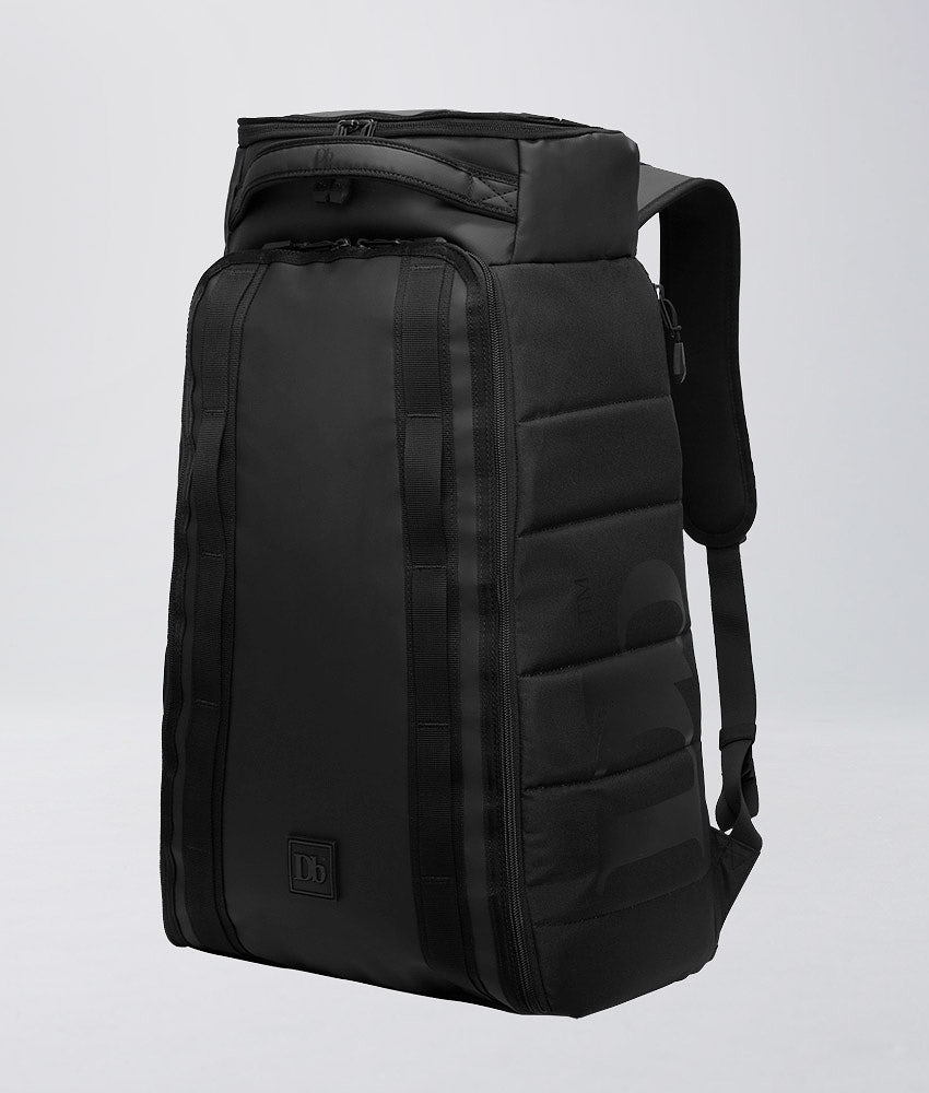 Douchebags Hugger 30L Tasche Black Out