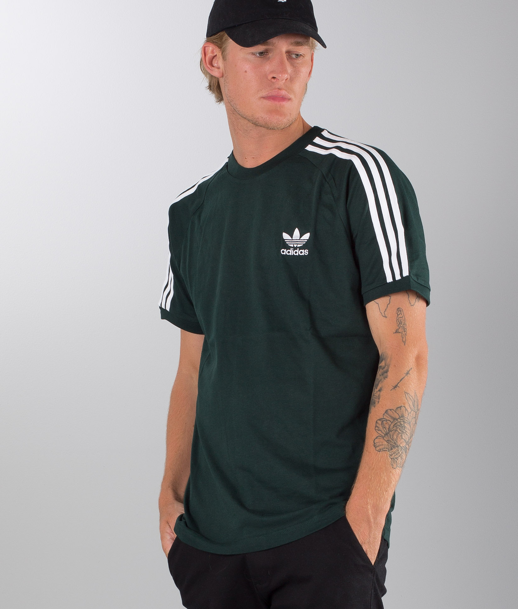 nouveau style b87aa fa5a0 Adidas Originals 3-Stripes T-shirt Green Night