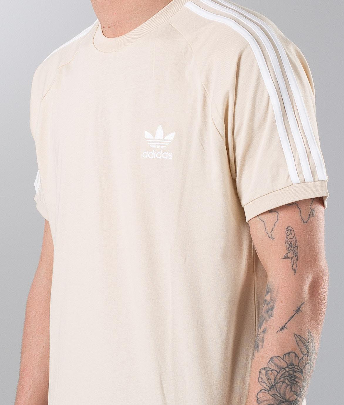 a551020069704 Adidas Originals 3-Stripes T-shirt Linen - Ridestore.se