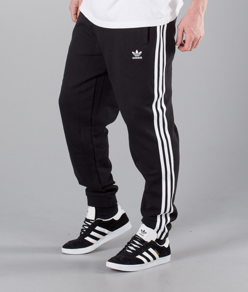 Originals De Adidas 3 Black Stripes Pantalon Chez pFx1q