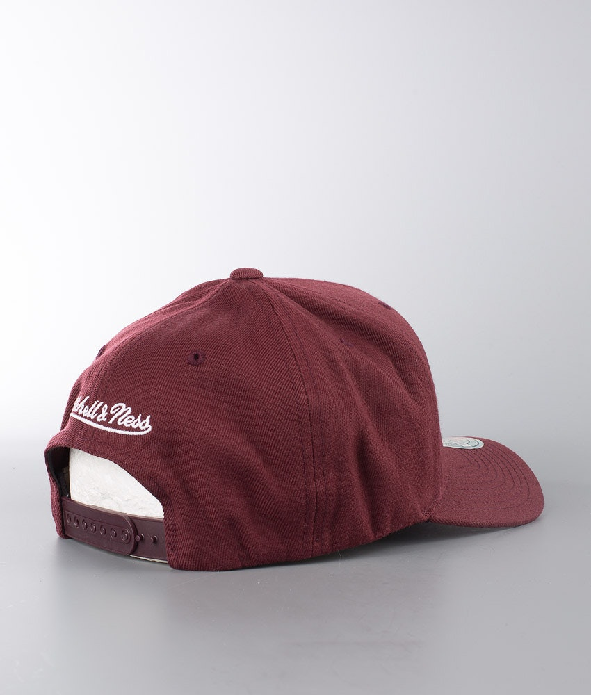 Mitchell and Ness Pinscript 110 Caps Maroon