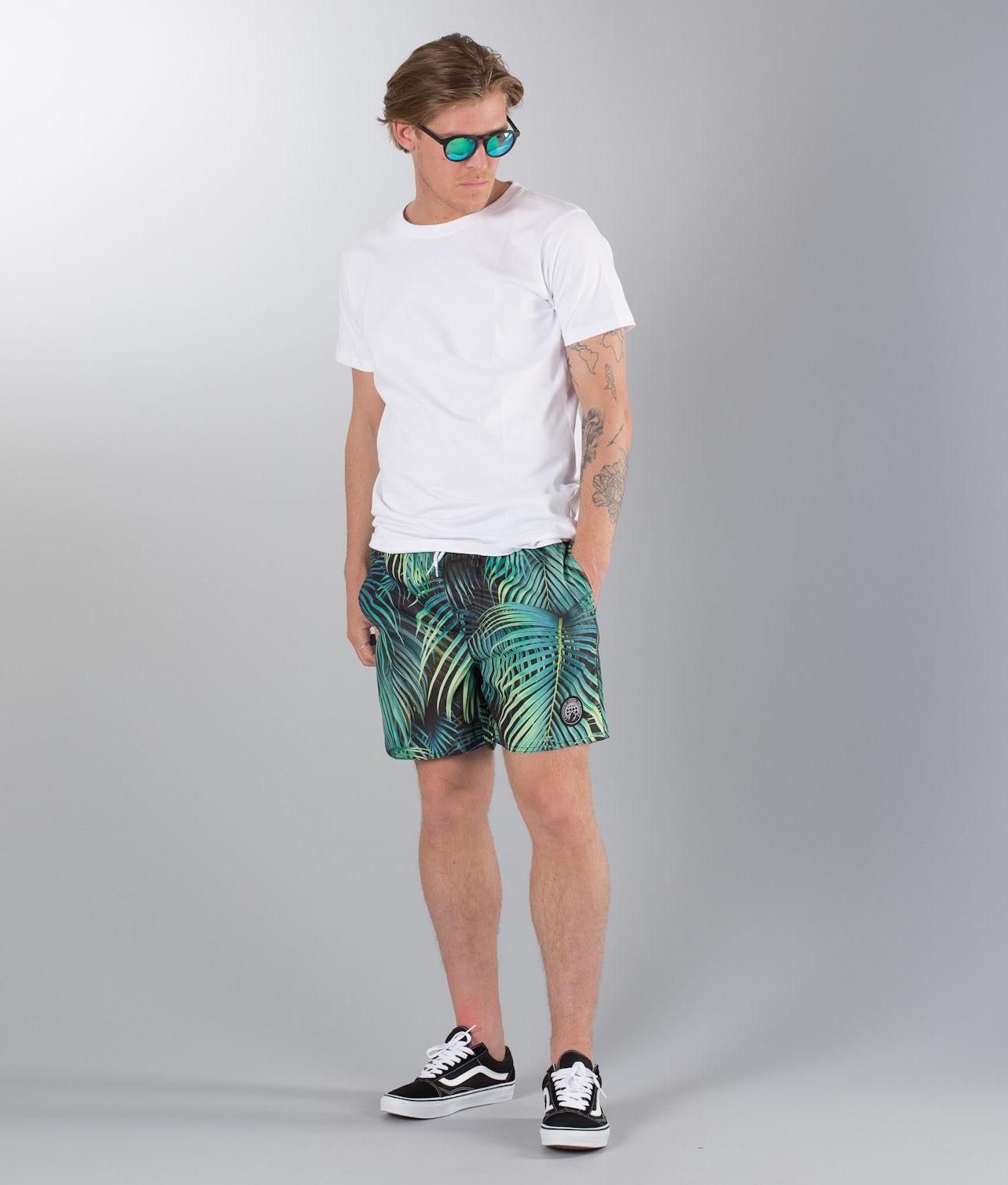 Kjøp Gaze Street Shorts fra Dope på Ridestore.no - Hos oss har du alltid fri frakt, fri retur og 30 dagers åpent kjøp!