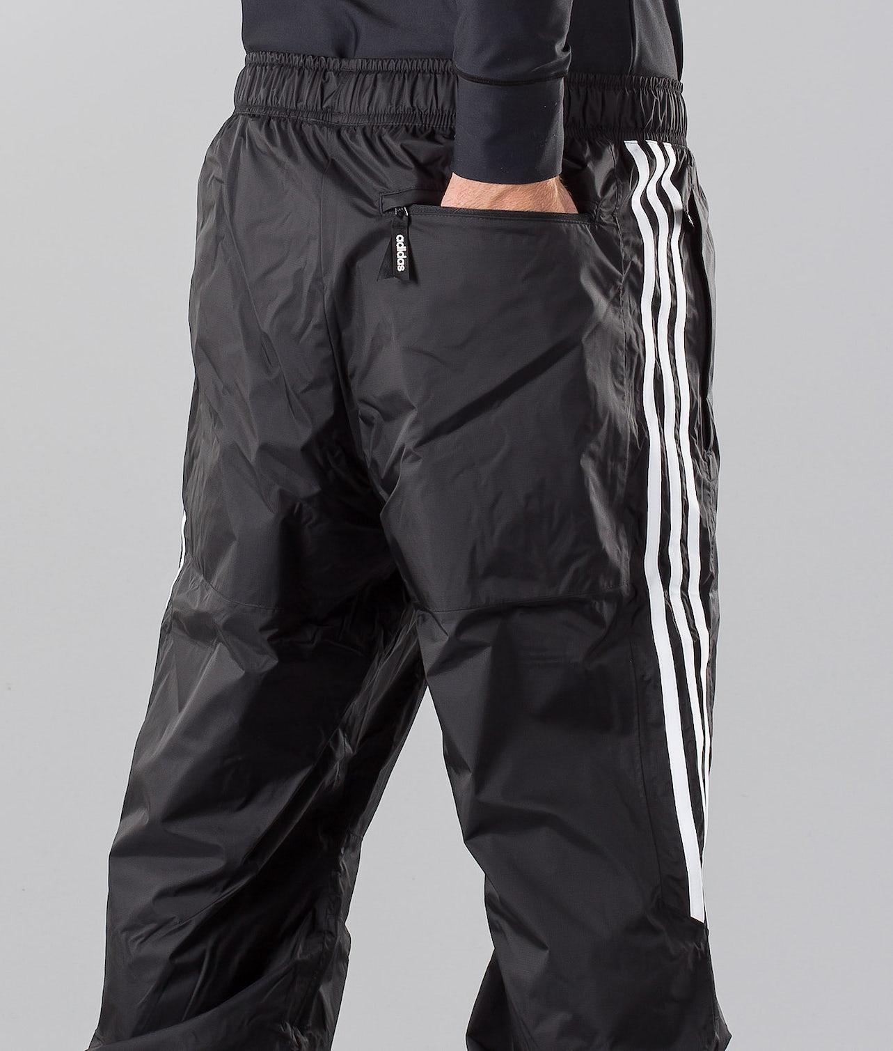 Slop Track   Achète des Pantalon de Snowboard de chez Adidas Snowboarding sur Ridestore.fr   Bien-sûr, les frais de ports sont offerts et les retours gratuits pendant 30 jours !