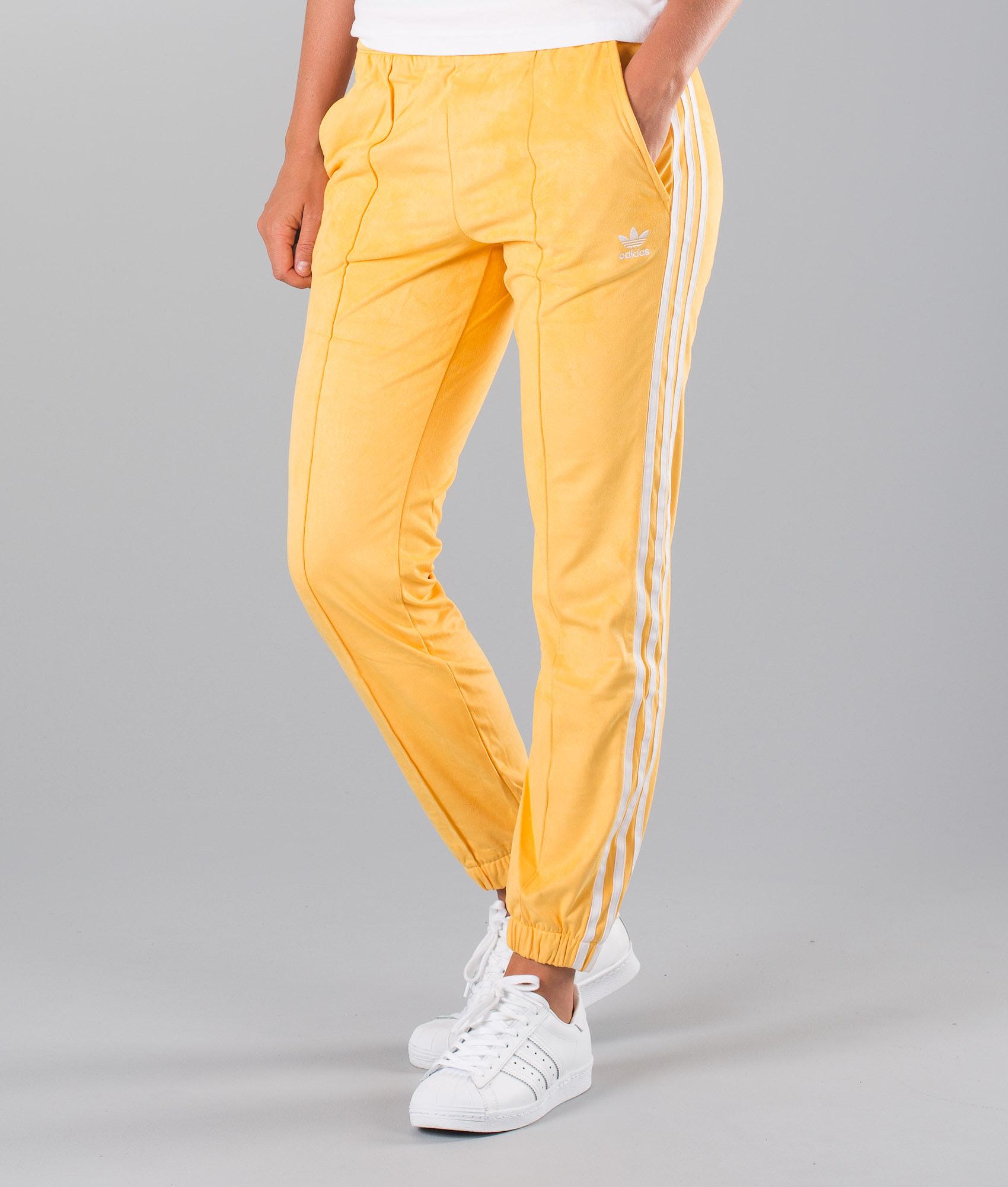 283230bb521670 Adidas Originals Regular Trackpant Cuf Hosen Chalk Orange - Ridestore.de