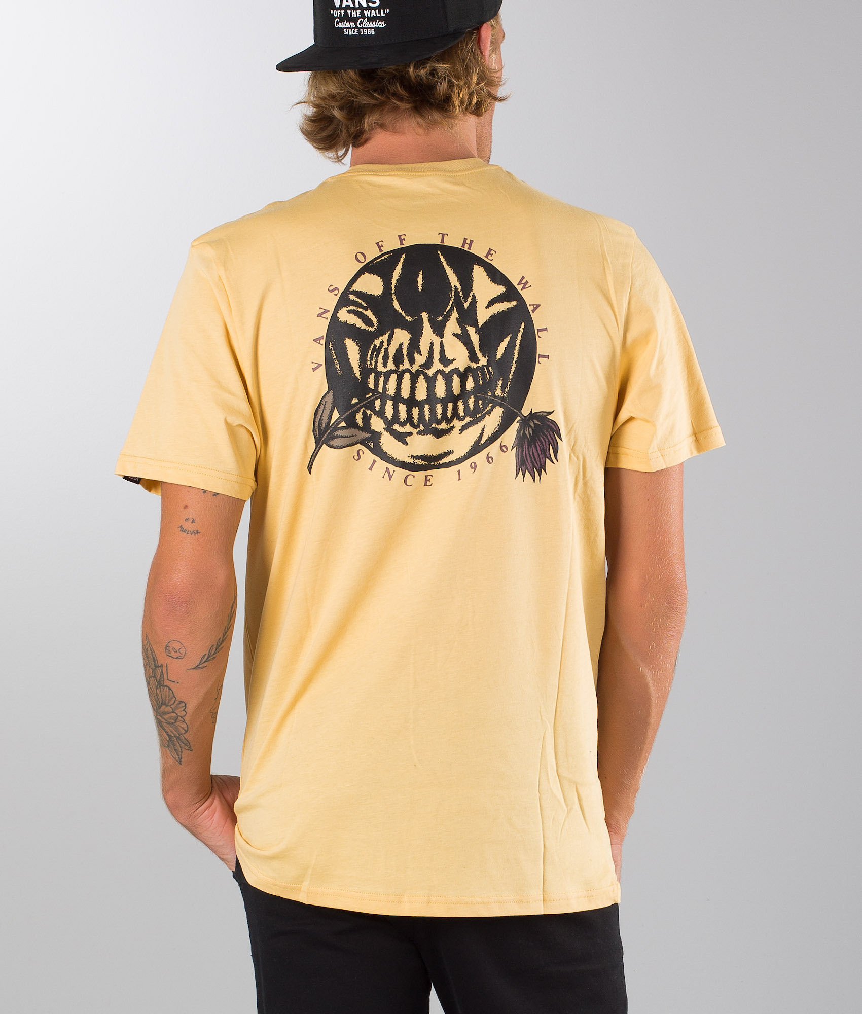 61157cce Vans Pushing Up Daisies T-shirt New Wheat