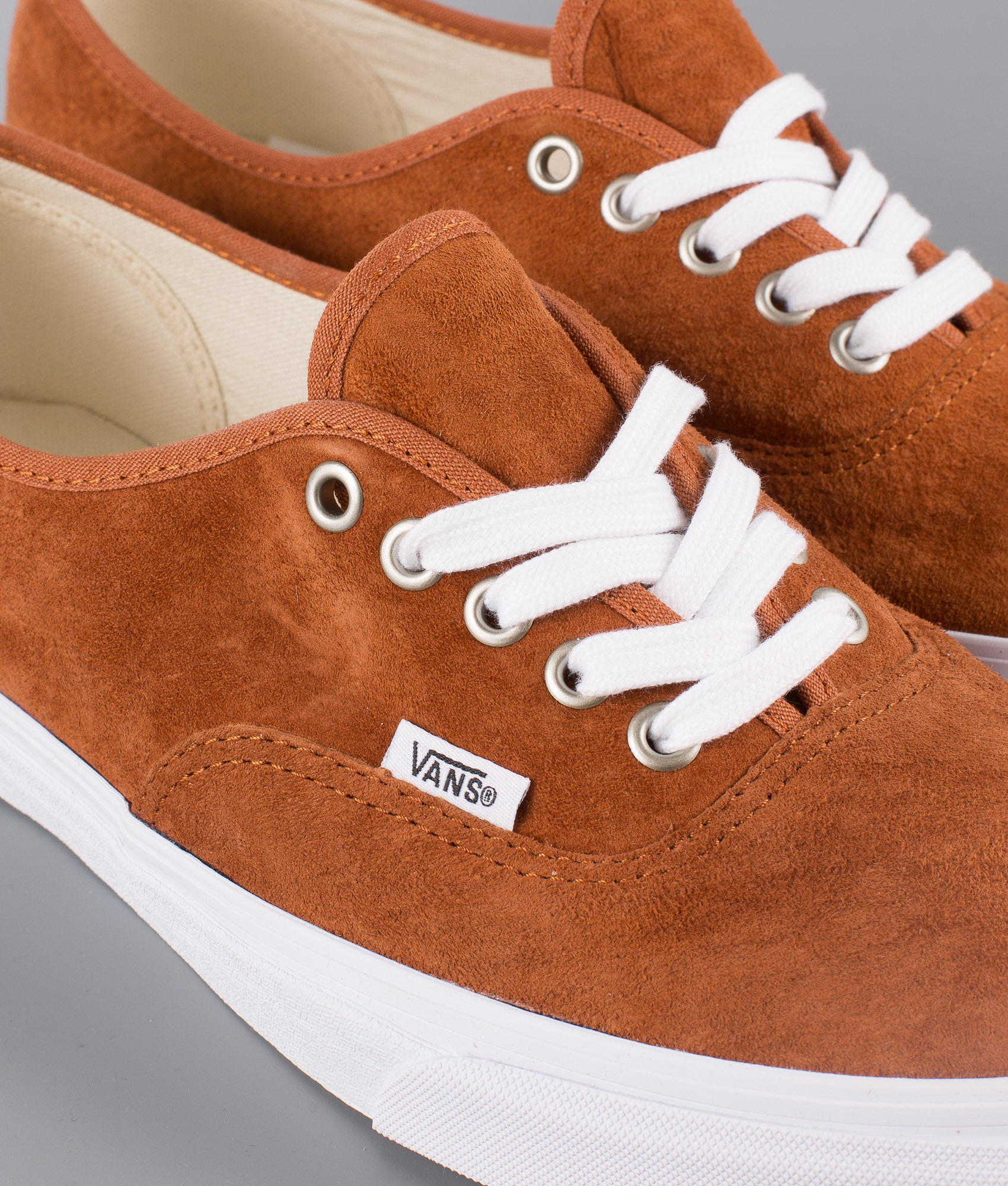 6fcfa7169403 Vans Authentic Shoes (Pig Suede) Leather Brown True White ...