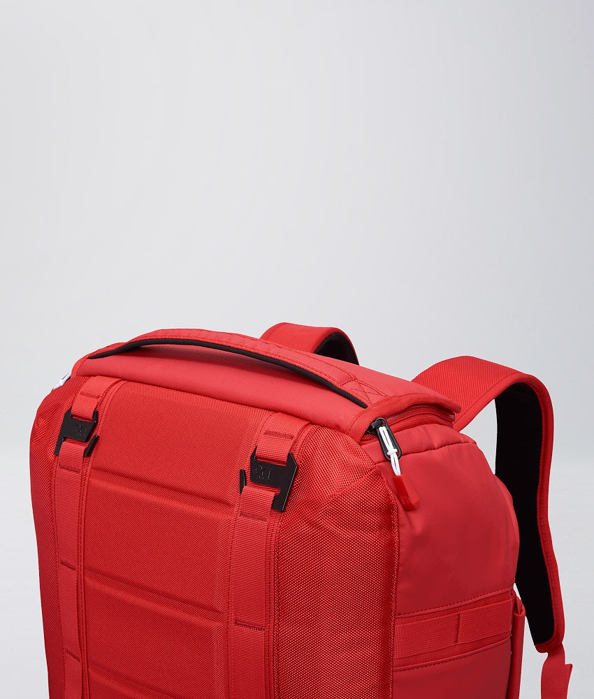 Douchebags The Carryall 40L Tasche Scarlet Red