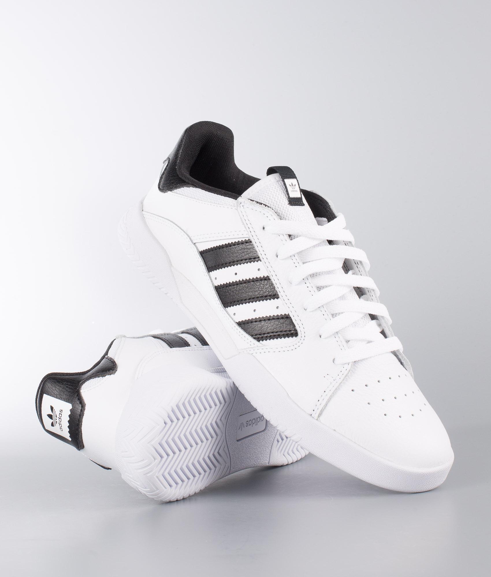 Adidas Whitecore Skateboarding Scarpe Low White Ftwr Blackftwr Vrx Orz7Ofq