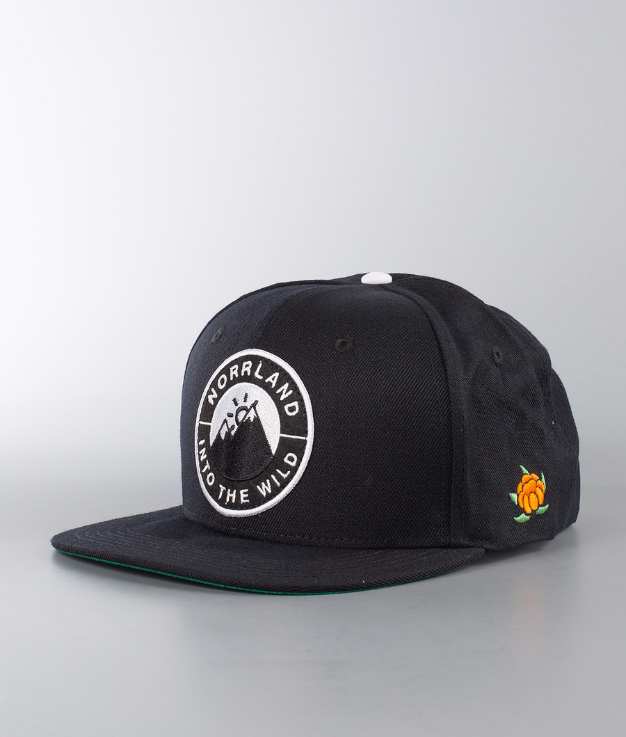 SQRTN Into Emblem Keps Black