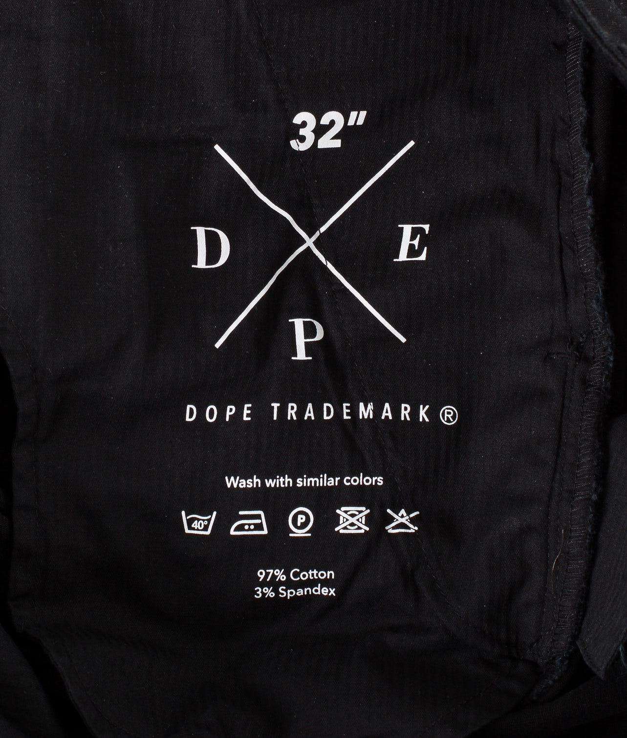 Kjøp Valdez Shorts fra Dope på Ridestore.no - Hos oss har du alltid fri frakt, fri retur og 30 dagers åpent kjøp!
