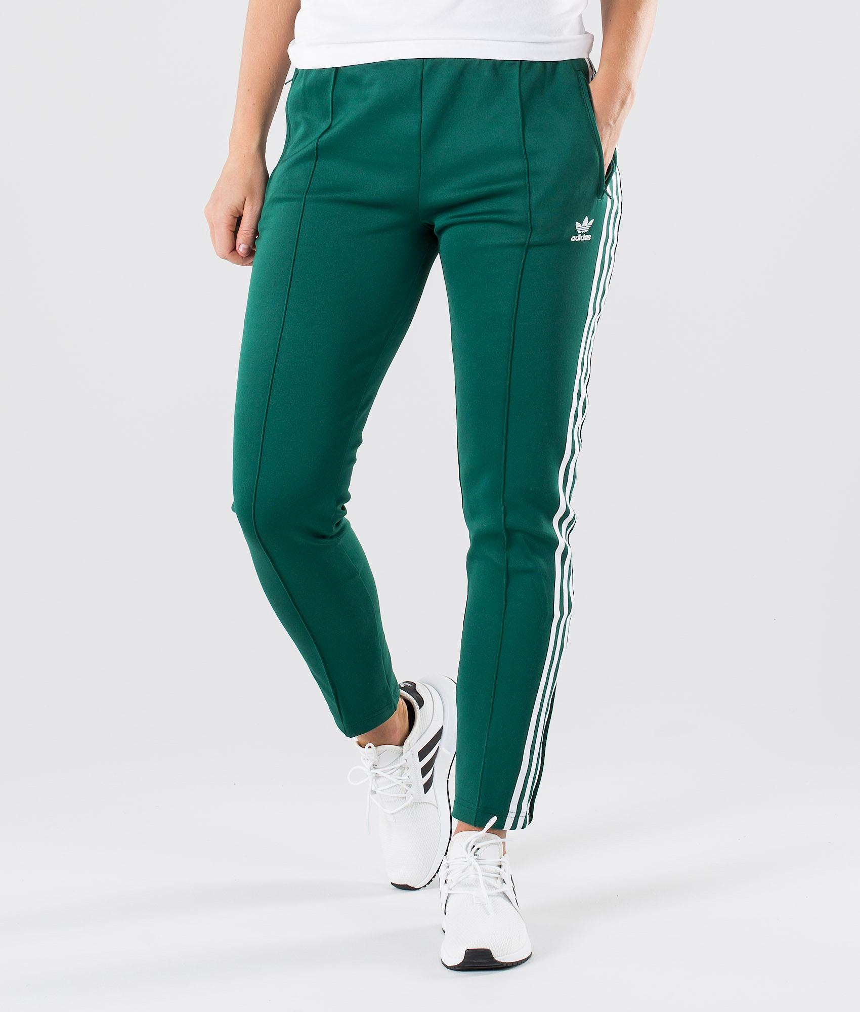 6d4e1291a0f92c Adidas Originals Sst Tp Hosen Collegiate Green - Ridestore.de