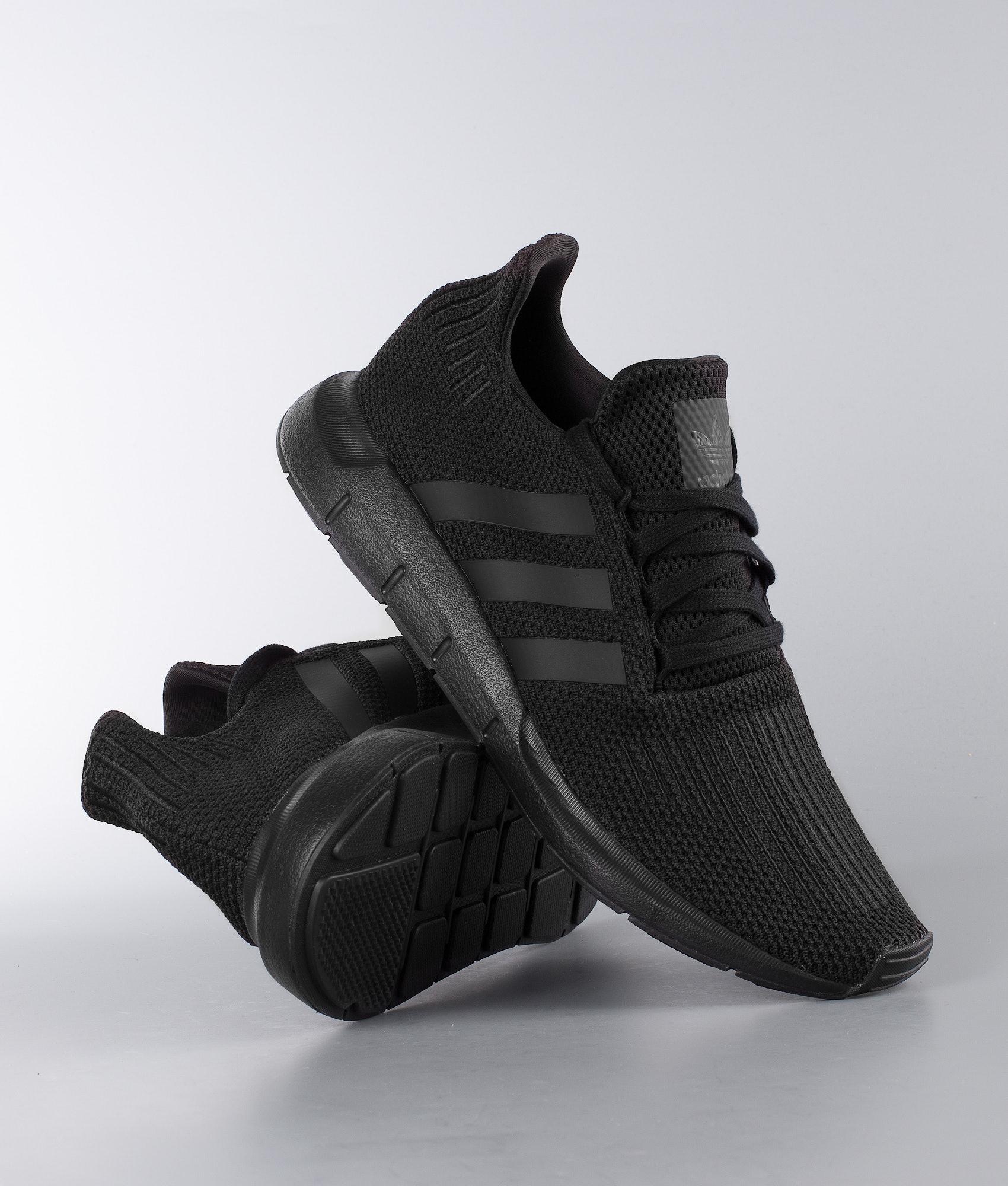 9312b042 Adidas Originals Swift Run Sko Core Black/Core Black/Ftwr White ...