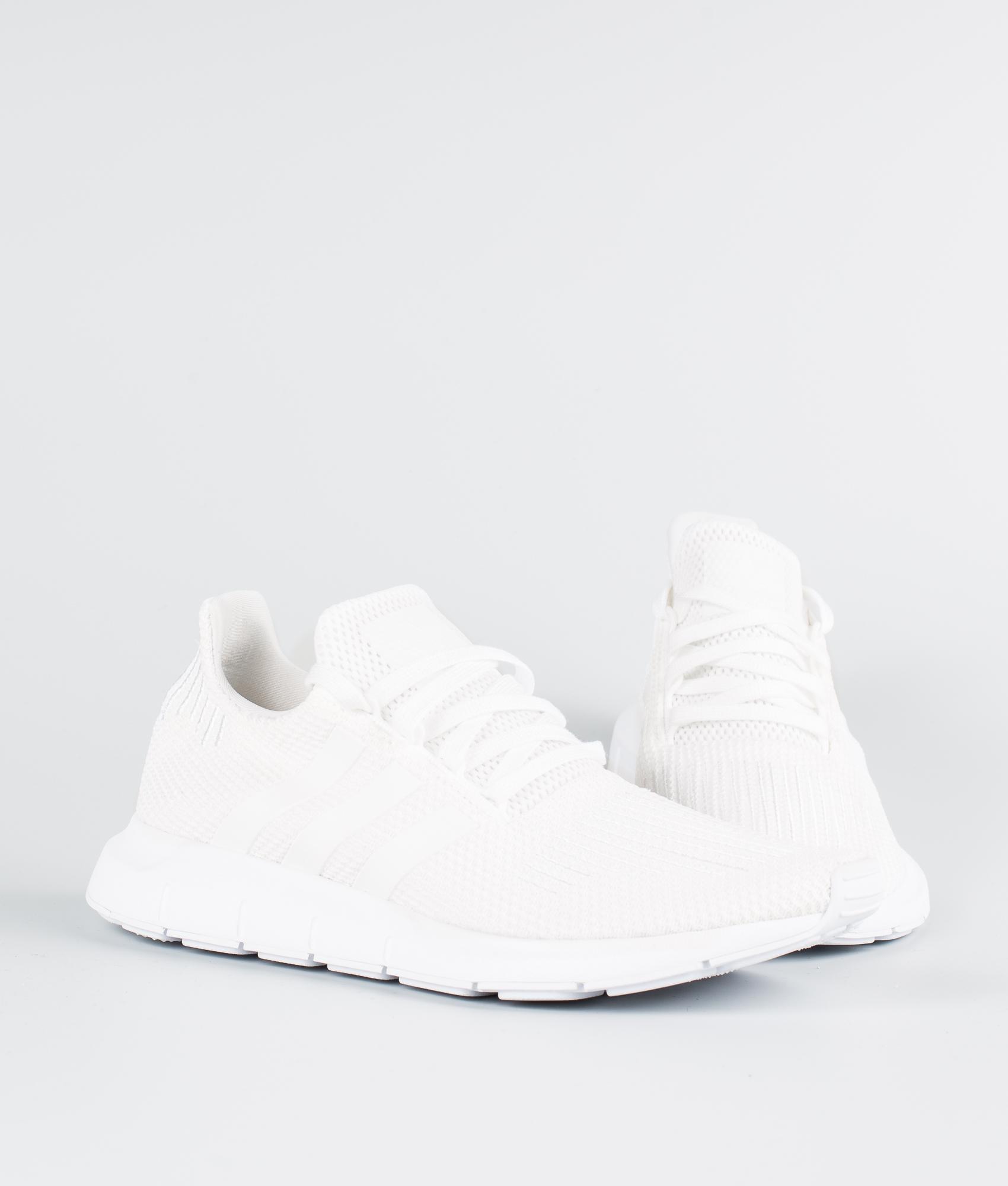 Run Schuhe Swift Originals Ftwr Whiteftwr Black Whitecore Adidas BWrdCxeo