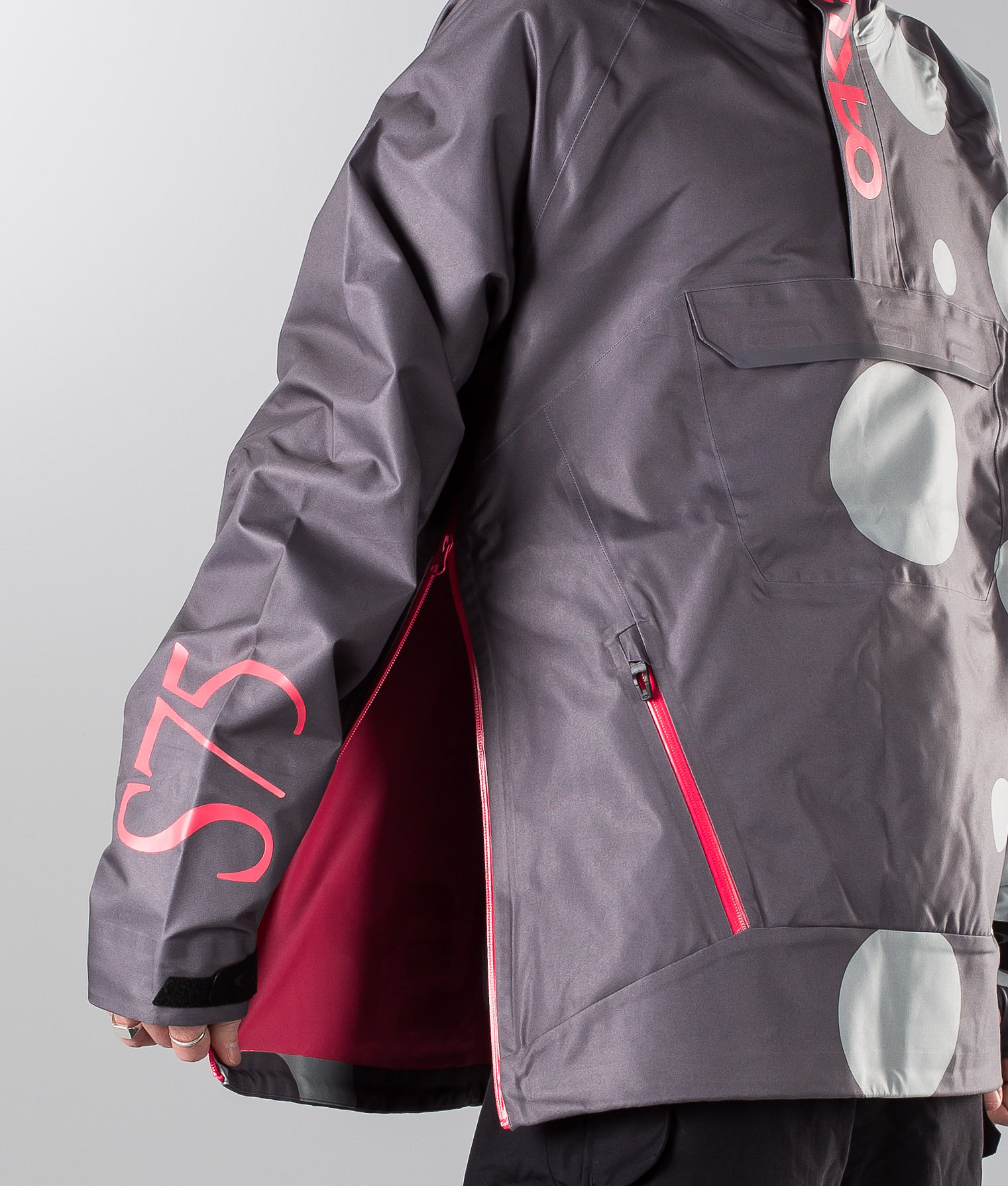32994a305e Oakley Jeff Staples 10K 3L Shell Snowboard Jacket Staple Bubble ...